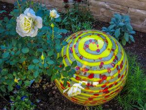 Dale Chihuly at Denver Botanic Gardens  JHI-0864