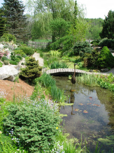 A quiet corner at Cady's Falls gardens